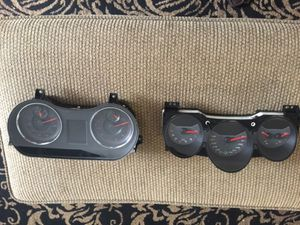 Odometer for 2012 Dodge Charger 51mile and 2012 Dodge Avenger 45mile for Sale in Seat Pleasant, MD