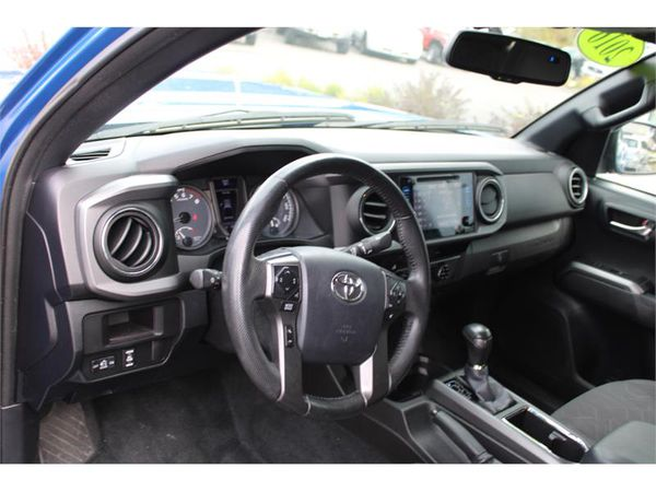 2016 Toyota Tacoma 4wd DOUBLE CAB TRD SPORT W/ NAVIGATION