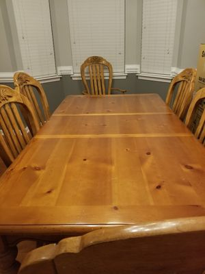 6-Piece Kitchen Table and Chair Set for Sale in Mint Hill, NC