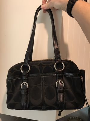 Beautiful Like New Authentic Coach Purse Handbag for Sale in Portland, OR