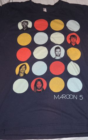 Lrg 2013 Maroon 5 tour T-Shirt for Sale in Refugio, TX