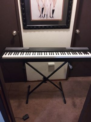 Casio keyboard for Sale in Tacoma, WA