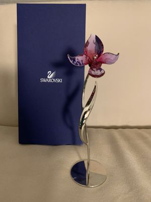Swarovski Dorora Orchid Crystal Standing Flower for Sale in Bellevue, WA