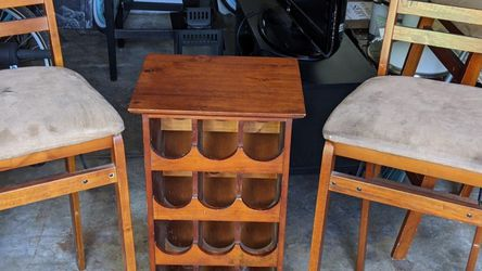 Table And Chairs for Sale in Long Beach,  CA