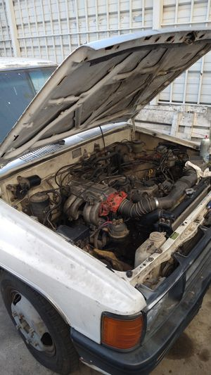 1988 22RE Toyota dually pickup for parts only. for Sale in Los Angeles, CA