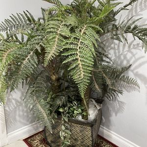 Indoor Fake Plant for Sale in Santa Ana, CA