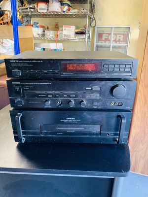 Onkyo r1 tuner/amp/circuit for Sale in Bell, CA