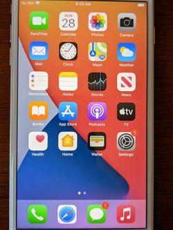 iPhone 8 Plus 64GB Unlocked for Sale in Monroe,  MI