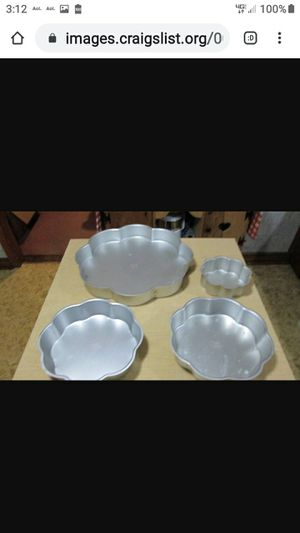 57 VINTAGE WILTON CAKEPANS FROM 70S--80S for Sale in Lynchburg, VA