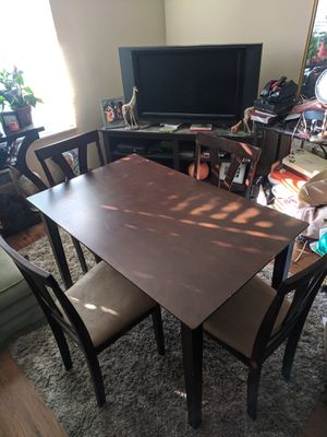 Dining Table & Chairs for Sale in San Diego, CA