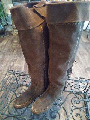 Minnetonka fringe moccasin boots for Sale in Lucas, TX