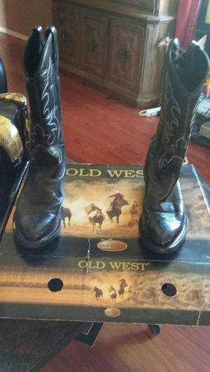 Old west cowboy boots good condition worn once size 9 $50 will go lower for Sale in Salt Lake City, UT