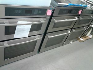 JennAir wall microwave and ovens combo brand new for Sale in Baltimore, MD