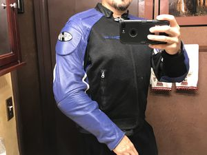 MOTORCYCLE RIDING JACKETS SIZE LARGE ,,,read first please for Sale in Las Vegas, NV