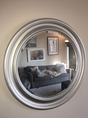 Wall Mirror Round 28 Inches for Sale in Aventura, FL