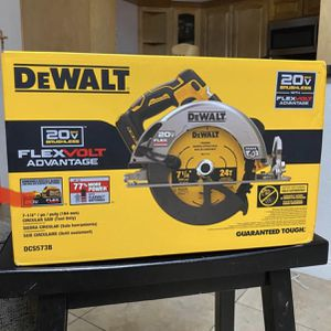 "Dewalt 20vMax FLEXVOLT Advantage 7 1/4"" Circular Saw🚨TOOL ONLY🚨 for Sale in Azusa, CA"