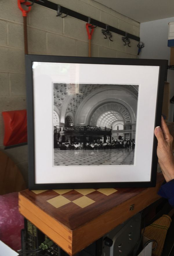 Black/White Photo of Union Station
