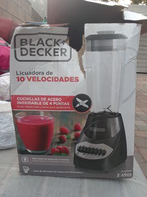 Blender (Licuadora de 10 velocidades) for Sale in Los Angeles, CA
