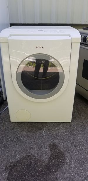 Bosch front load gas dryer for Sale in Pawtucket, RI
