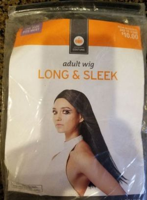 Adult wig Long & sleek for Sale in Fontana, CA
