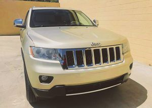 CLEAN 2009 Jeep Grand Cherokee price 1000$ for Sale in Rancho Cucamonga, CA
