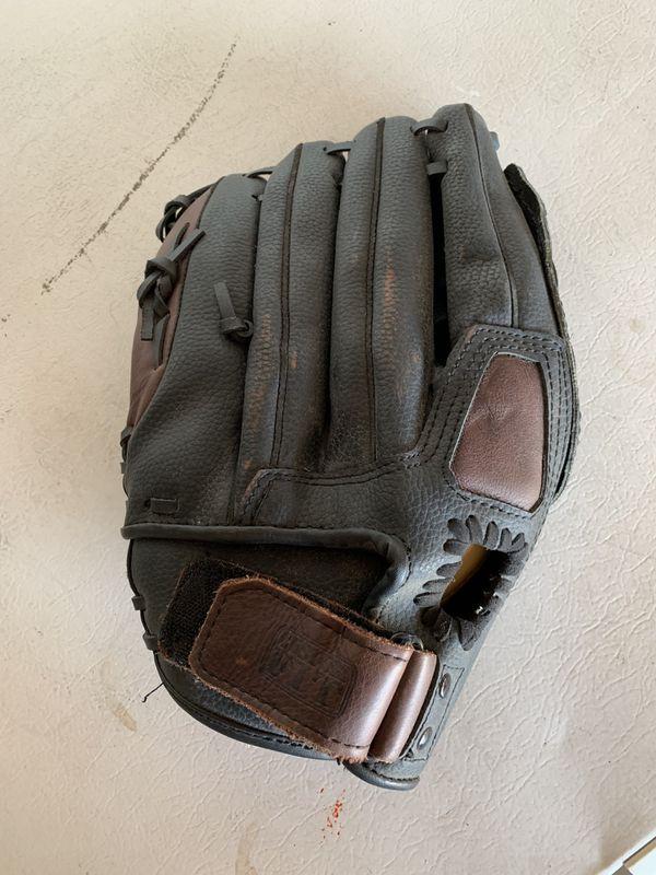 "Wilson. Softball Glove 13"""