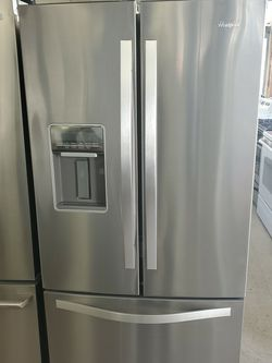 Whirlpool, LOCATED AT 55 NORTH MAIN ST NORWICH CT CALL {contact info removed} for Sale in New London,  CT