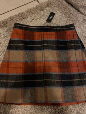 SKIRT (NEW) for Sale in Bell, CA
