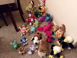 Assorted Stuffed Animal's for Sale in Port St. Lucie, FL