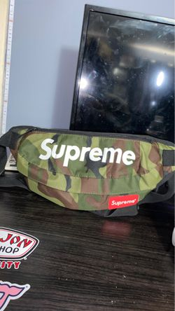 Supreme fanny pack for Sale in Milton,  PA