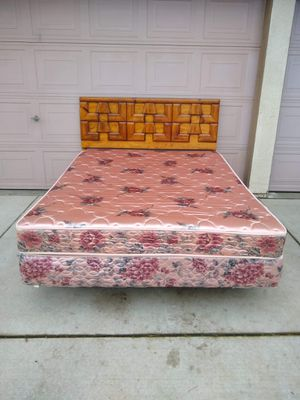 Queen size Bed with Mattress, Box Spring, Frame and Headboard Cama for Sale in Modesto, CA
