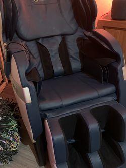 RealRelax FAVOR-3 Massage Chair, Full Body Zero Gravity Shiatsu Massage Recliner for Sale in Los Angeles,  CA