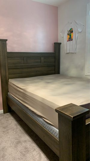 BED FRAME for Sale in Beaumont, CA