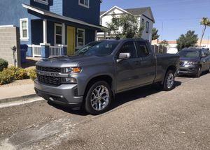 2019 Chevy Silverado Custom for Sale in Glendale, AZ
