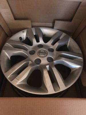 16 inch Nissan Altima Rims - Full Set (4) for Sale in Ankeny, IA