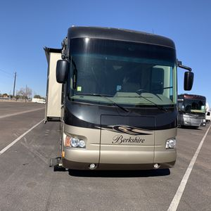 2014 BERKSHIRE 390BH MOTORHOME DEISEL for Sale in Tempe, AZ
