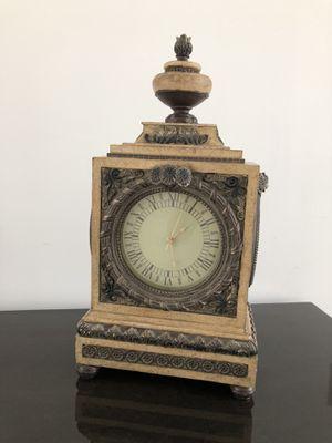 Antique table clock $40 for Sale in Miami, FL