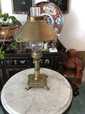 beautiful brass lamp for Sale in San Marino, CA