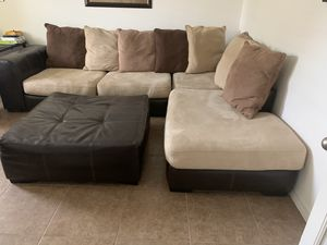 Living room for Sale in Haines City, FL