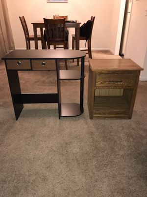 Desk and End Table/ Night stand for Sale in Nashville, TN