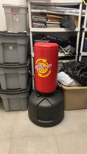 Punching bag for Sale in Hollywood, FL
