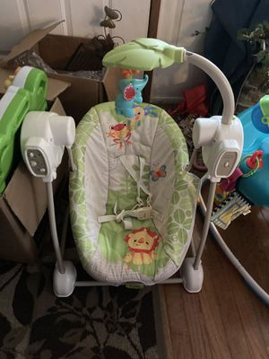 Baby swing with mobile for Sale in Romeoville, IL