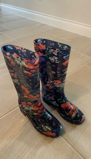 Rain boots size 8 for Sale in Katy, TX