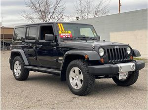 2011 Jeep Wrangler Unlimited for Sale in Merced, CA