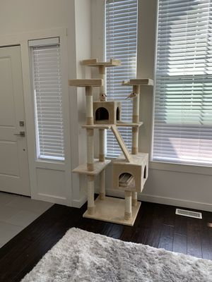new cat tree ( my cats don't aren't into it) PRICE FIRM don't ask to lower price won't reply for Sale in Kent, WA
