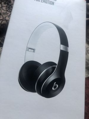 Beats Solo 2 Luxe Edition for Sale in Rialto, CA