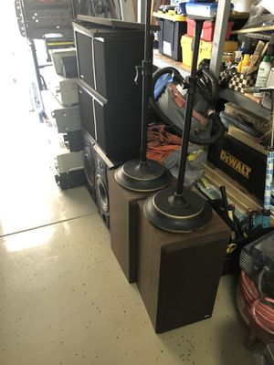 Cleaning up my garage, lot of stereo receivers , brand: pioneer, marantz, sony, harman kardon turning on but no sounds, lot of speakers brand: bower for Sale in Los Angeles, CA