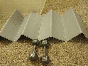Gold's Gym Folding Exercise Mat and Dumbles for Sale in San Diego, CA