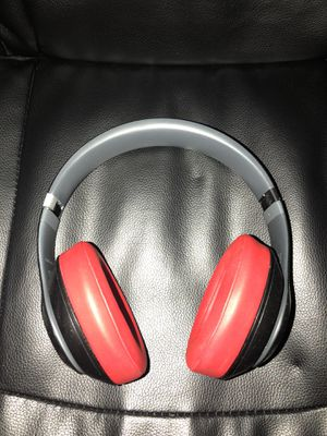 Wireless beats studio headphones for Sale in El Cajon, CA