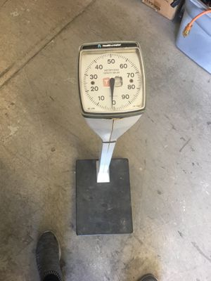 Health o meter scale for Sale in Tucson, AZ